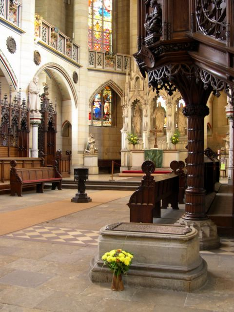 Luther-tombstone-wittenberg-cathedral