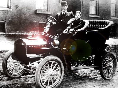 henry-ford-in-model-t