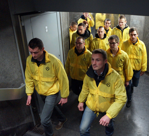 security-patrol-France-generation-identity-yellow-jackets
