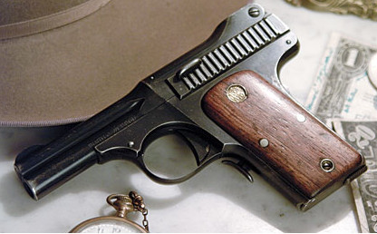 1913-smith-and-wesson-35-caliber-pistol