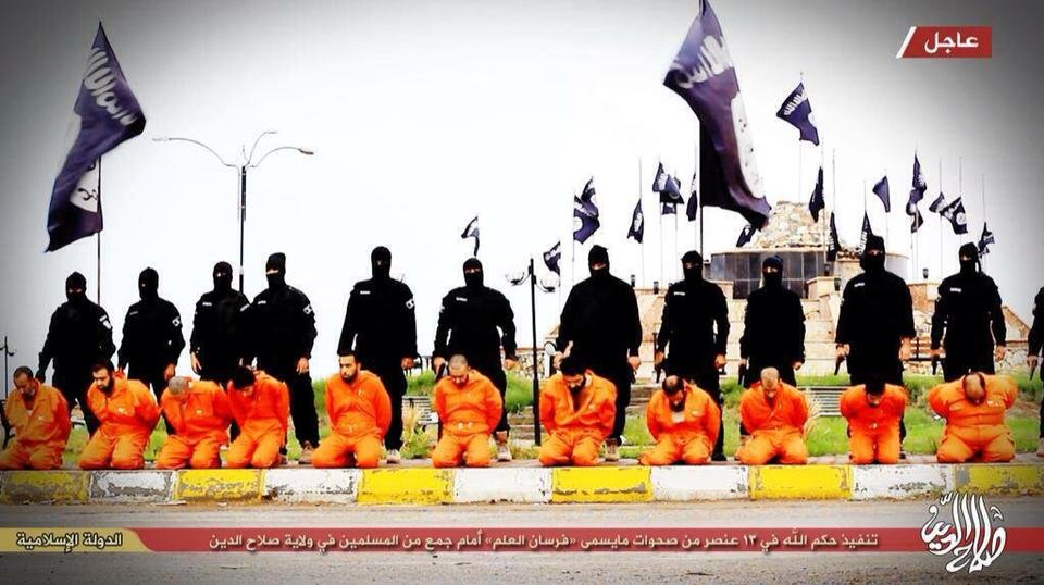 ISIS-men_about-to-execute-kneeling-prisoners