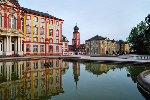 Schloss-Bruchsal-reflection