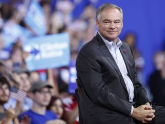 Tim-Kaine-sideways-smile