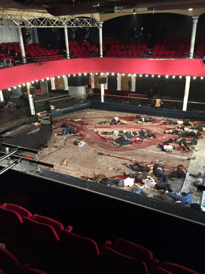 bataclan-night-club-paris-blood-smears-dragged-bodies
