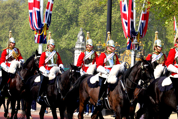 coldstream-cavalry-Buckingham-uk