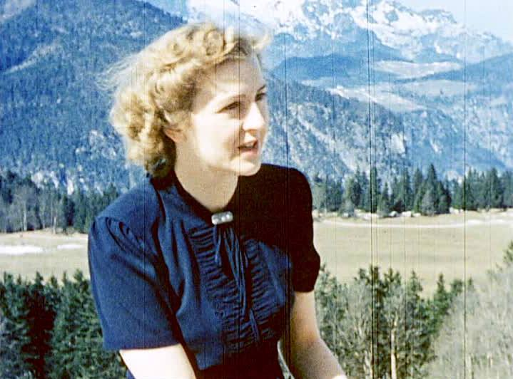 eva-braun-berghof-blue-dress