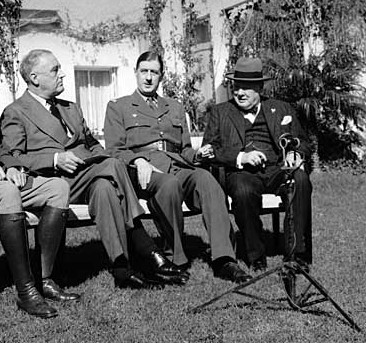 fdr-de-gaulle-churchill-casablanca-1943