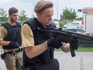 german-police-mp-pistol.munich-mcdonalds-july-2016