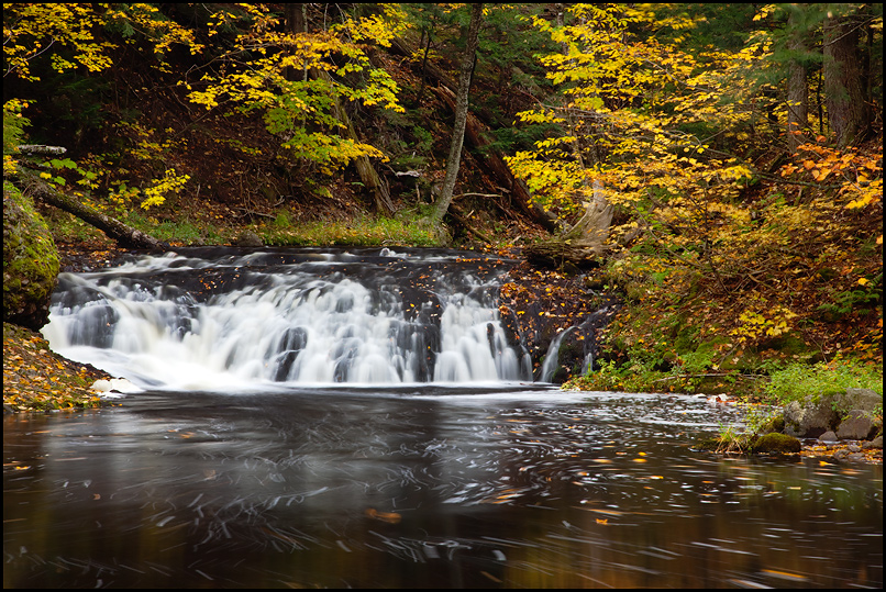 greenstone-falls-up-michigan