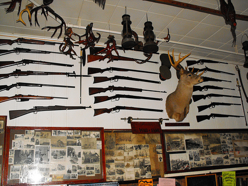 guns-wall-stubb-s-bar-ontonagon-michigan