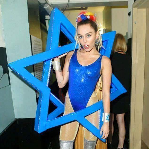 miley-cyrus-star-of-david-jew