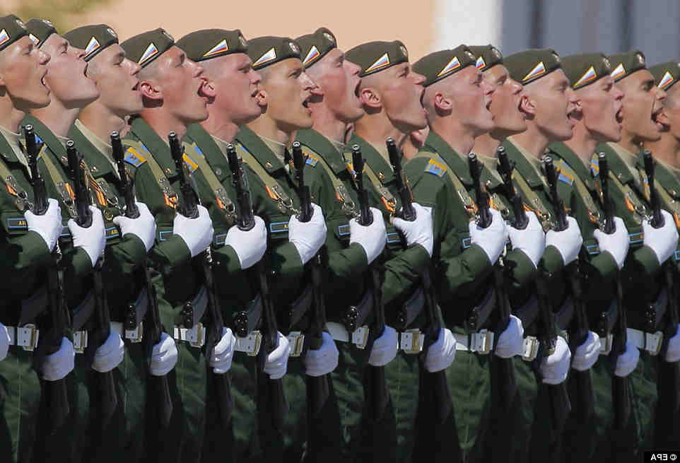 russian-troops-shout-may-9-2016-victory-parade