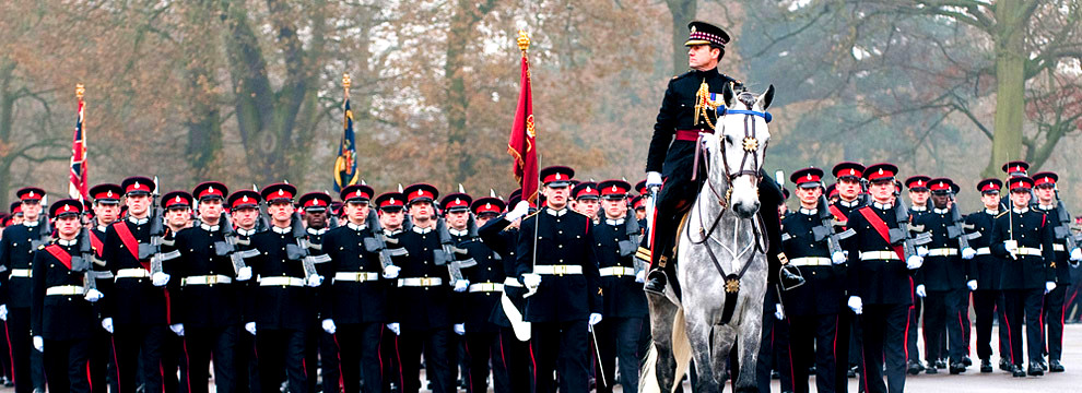 sandhurst-cadets-mounted-officer