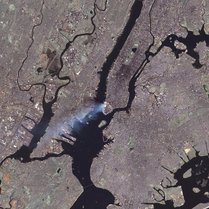 Satelittenbild/ New York 09/11/01