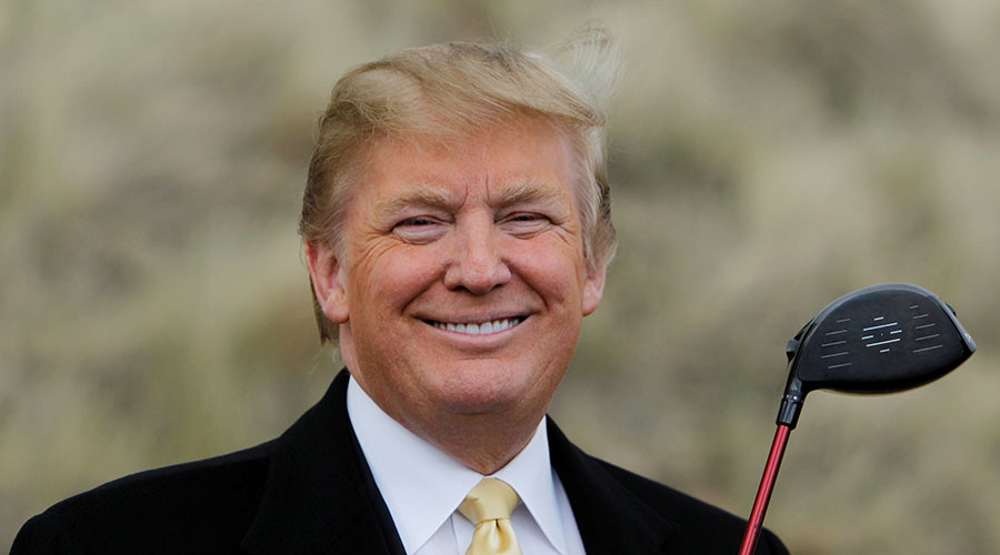 trump-golf-club-driver-smiling
