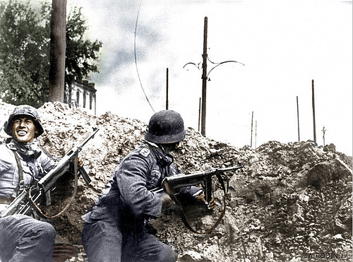 two-german-soldiers-stalingrad