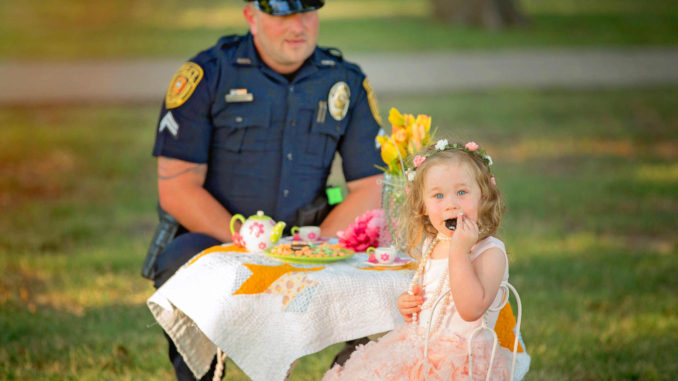 HEARTWARMING White cop and dad of two boys saves little white girl's life, get invited to her tea party; the day I saved a Jew