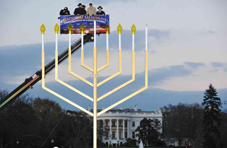 white-house-menorah-lubavitchers