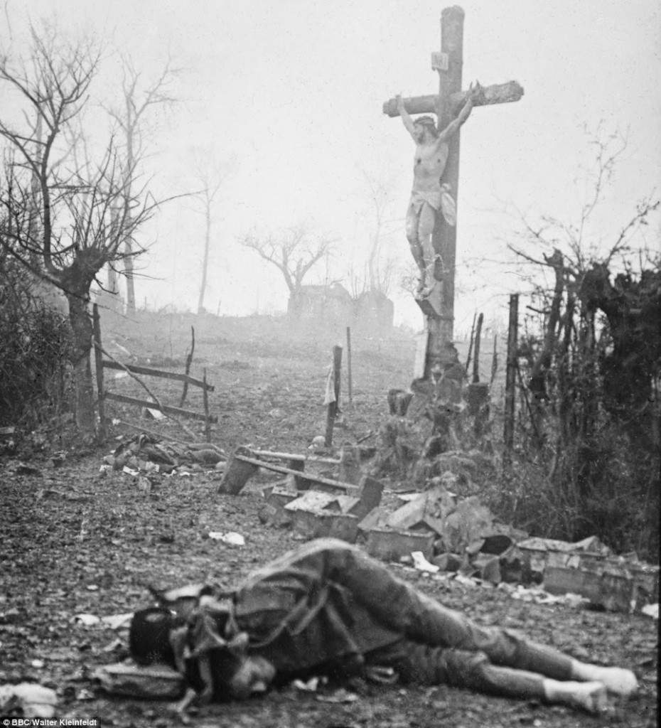 wwi-dead-soldier-jesus-cross